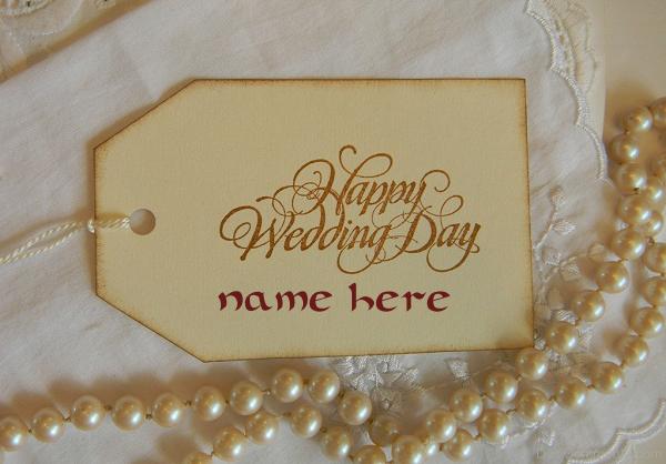 Photo of Write name on Happy Wedding Day
