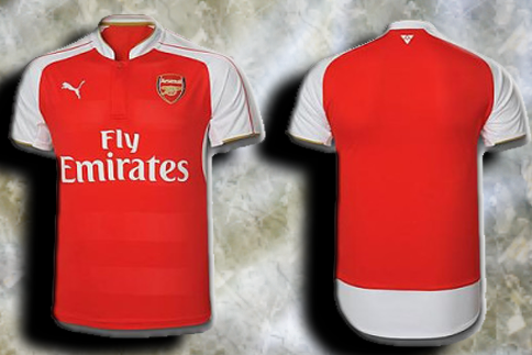 Photo of write your name and Your favorite number on arsenal shirt gif photo
